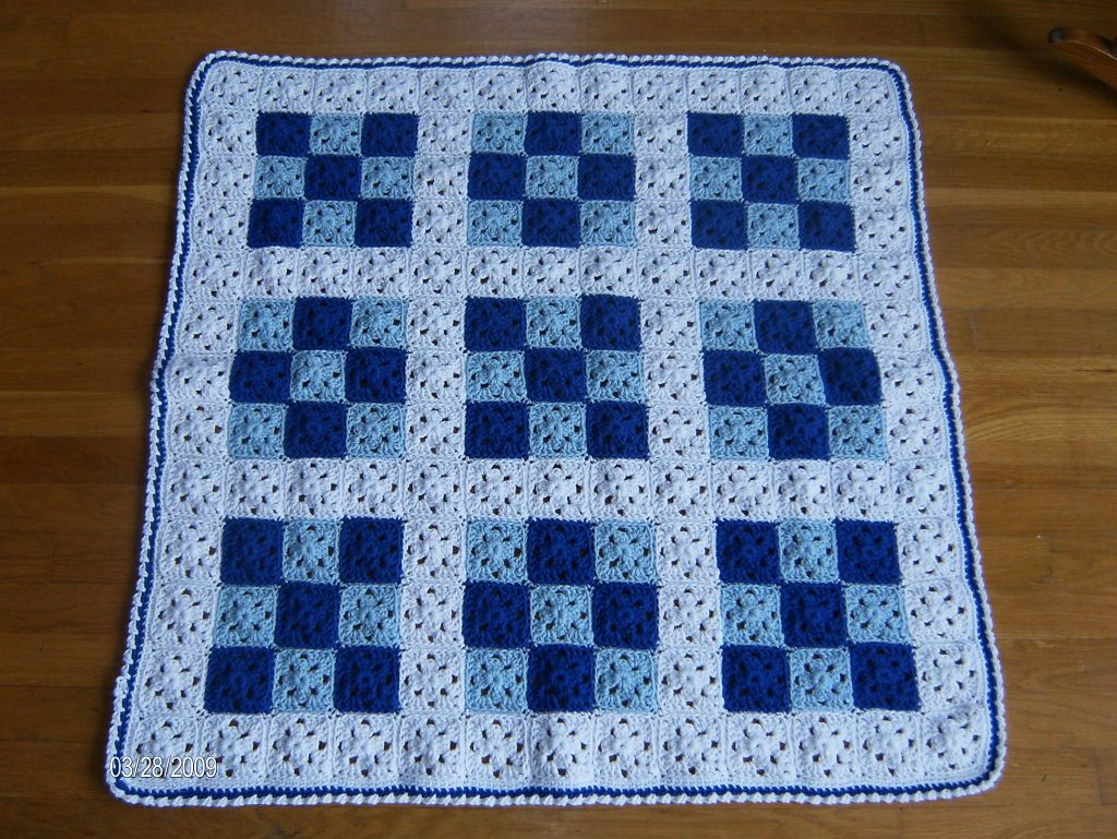 Baby Nine Patch Quilt pattern by Melanie Henderson
