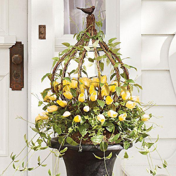 Spring Flowers And Yard Landscaping Ideas 20 Tulip Bed: Yellow Tulip Urn Filler I Want This For My Front Door