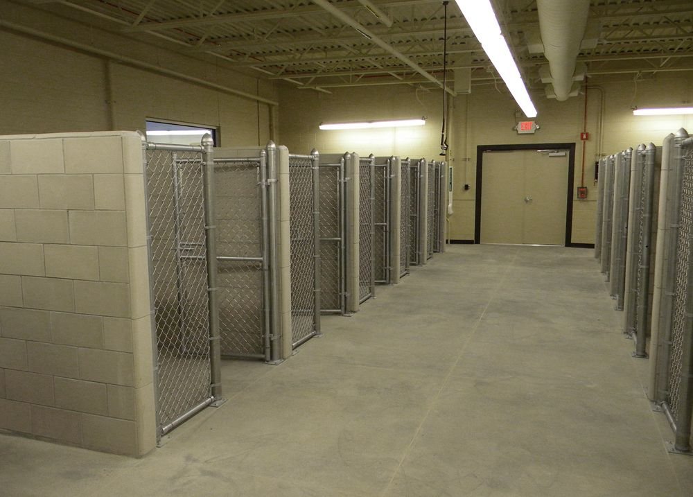 Commercial Dog Kennel Designs | ... Provides The Air Force Personnel With  Necessary Dog