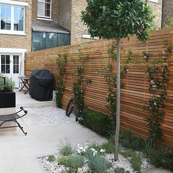 Chic Modern Garden Chelsea -   22 urban garden fence ideas