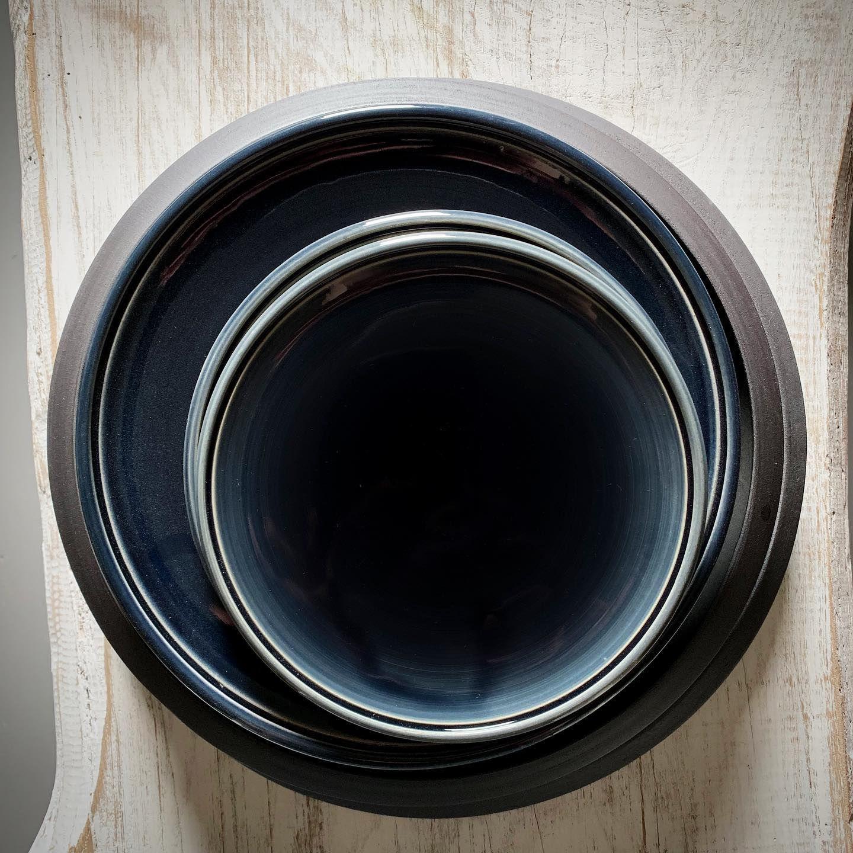 Kaviar Heißt Diese Farbe Bei Uns Nachtblau Nightblue Night Blackceramics Blau Schwarz Nachtblau Beinacht Handthrown Bowl Mixing Bowl Tableware