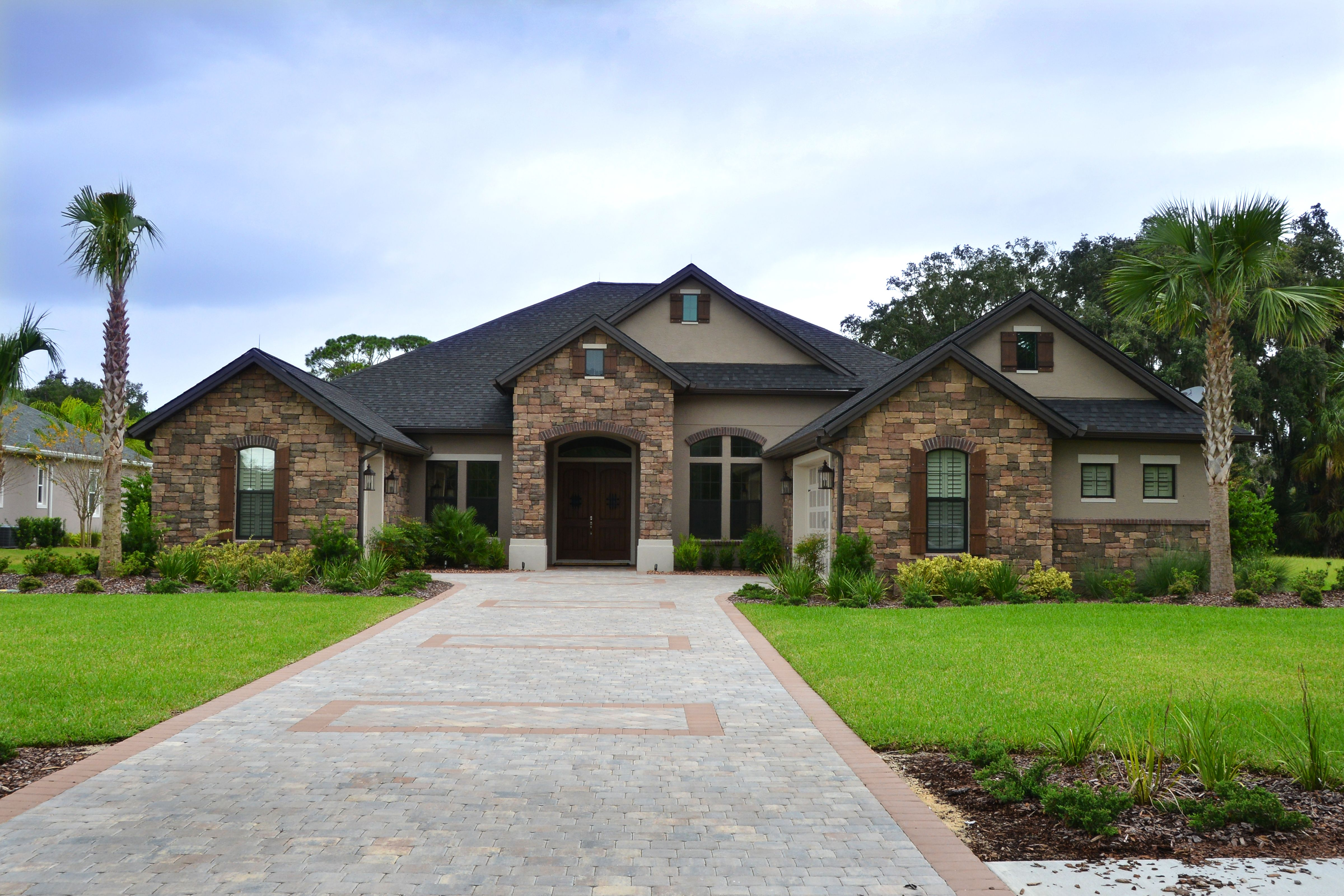 Best Pin By J N Stone Inc On Mojave Cobble House Styles 400 x 300