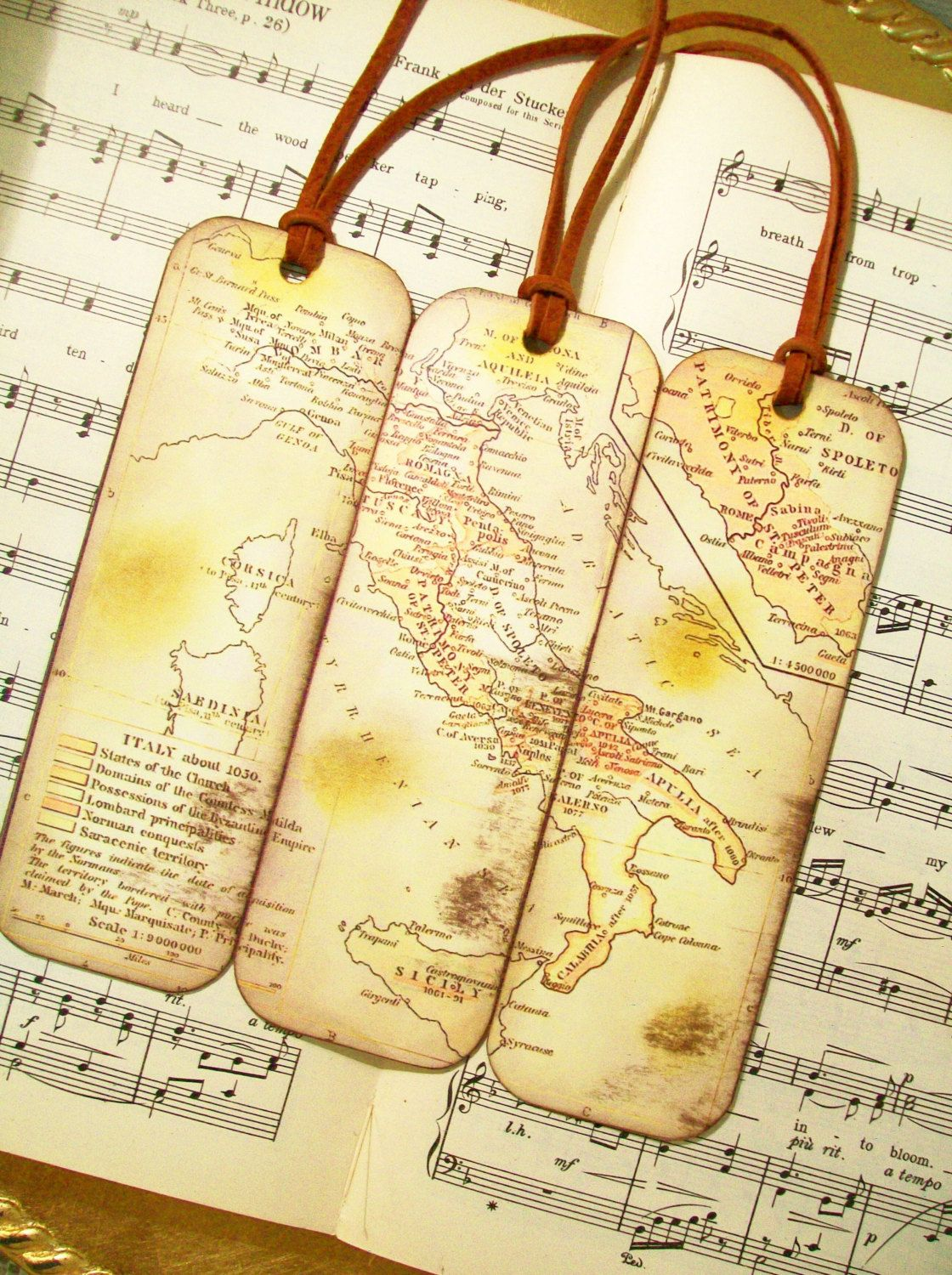 Italy map bookmarks historical italy map bookmarks set of 3 italy map of italy gifts for men historical italy map bookmarks set of italy old world map bookmarks for men gifts for him by prayernotes on etsy gumiabroncs Images