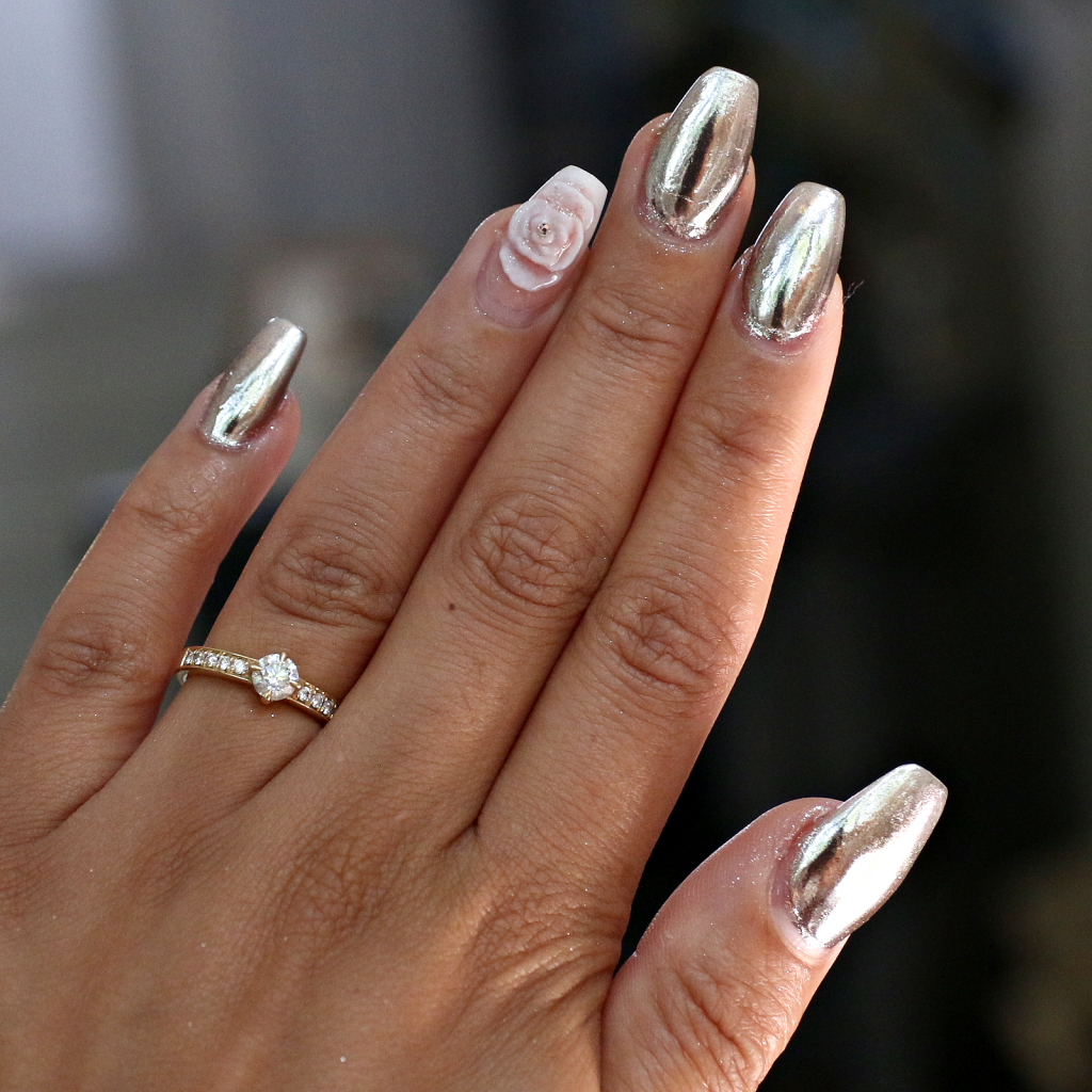 essence metal shock nail powder review - Beautylab.nl | BEAUTY ...