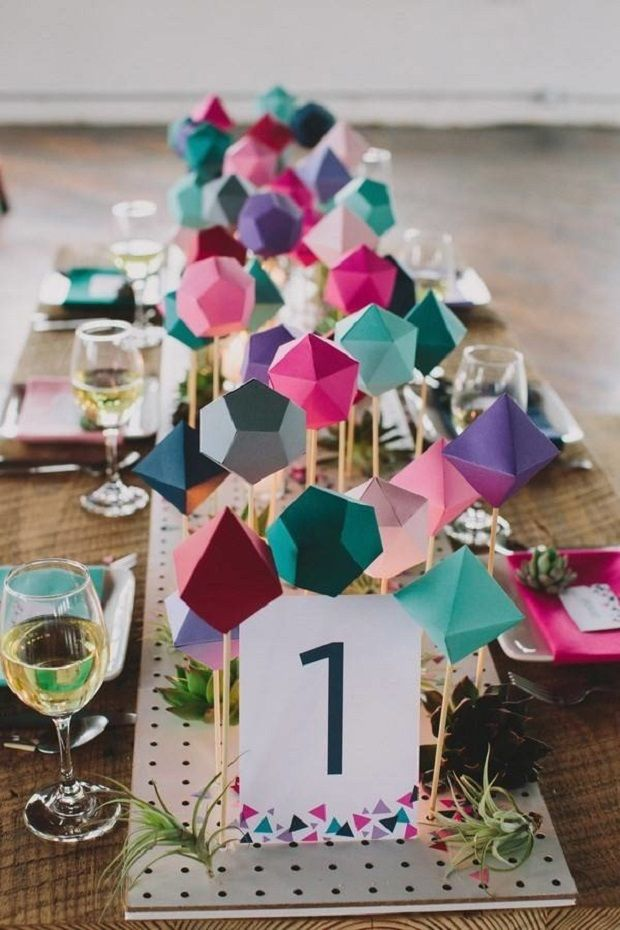 Affordable Geometric Wedding Centerpiece That Don't Look Cheap #uniquewedding #geometric #geometricwedding #weddinginspiration #modernwedding #cheapwedding #colorfulwedding