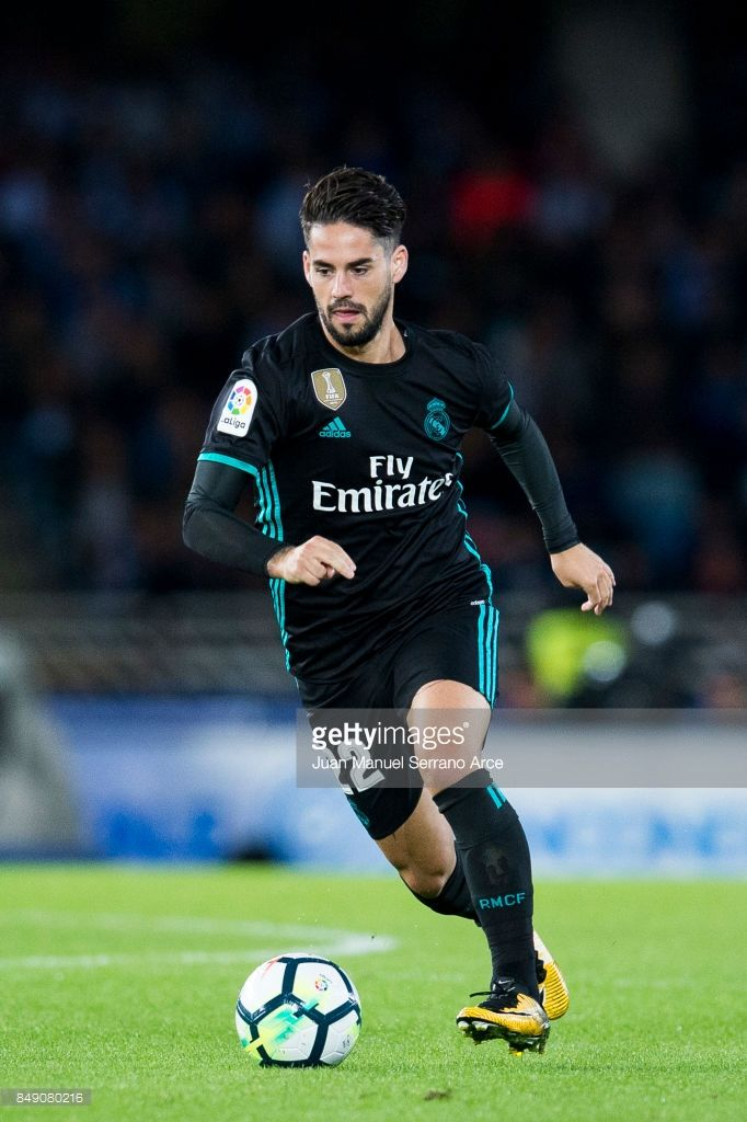 Real Sociedad V Real Madrid La Liga Photos And Premium High Res Pictures Real Madrid Real Madrid La Liga Isco Alarcon