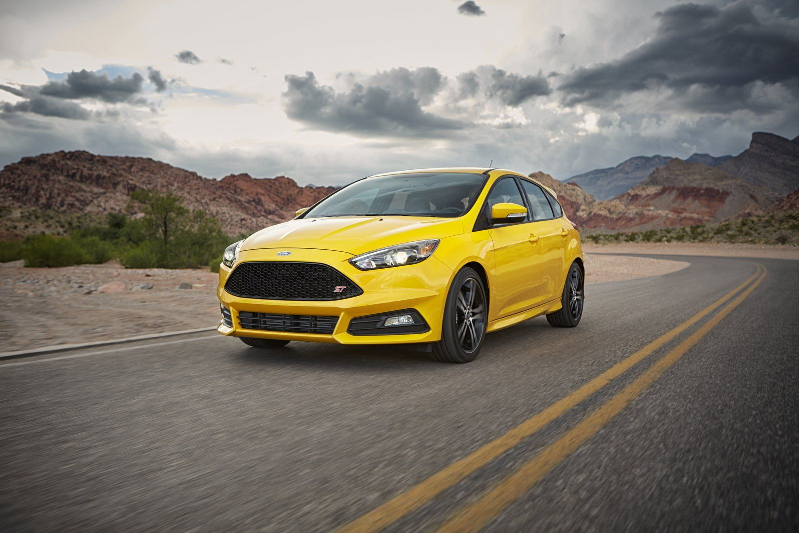Ford S High Performance Lineup Is Attracting Young And Wealthy Buyers Ford Ford Focus New Ford Focus Ford Models