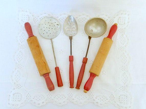 Vintage Toy Kitchen Utensils, 5 Pieces, Metal, Red Wooden Handles, Vintage  Kitchen Decor