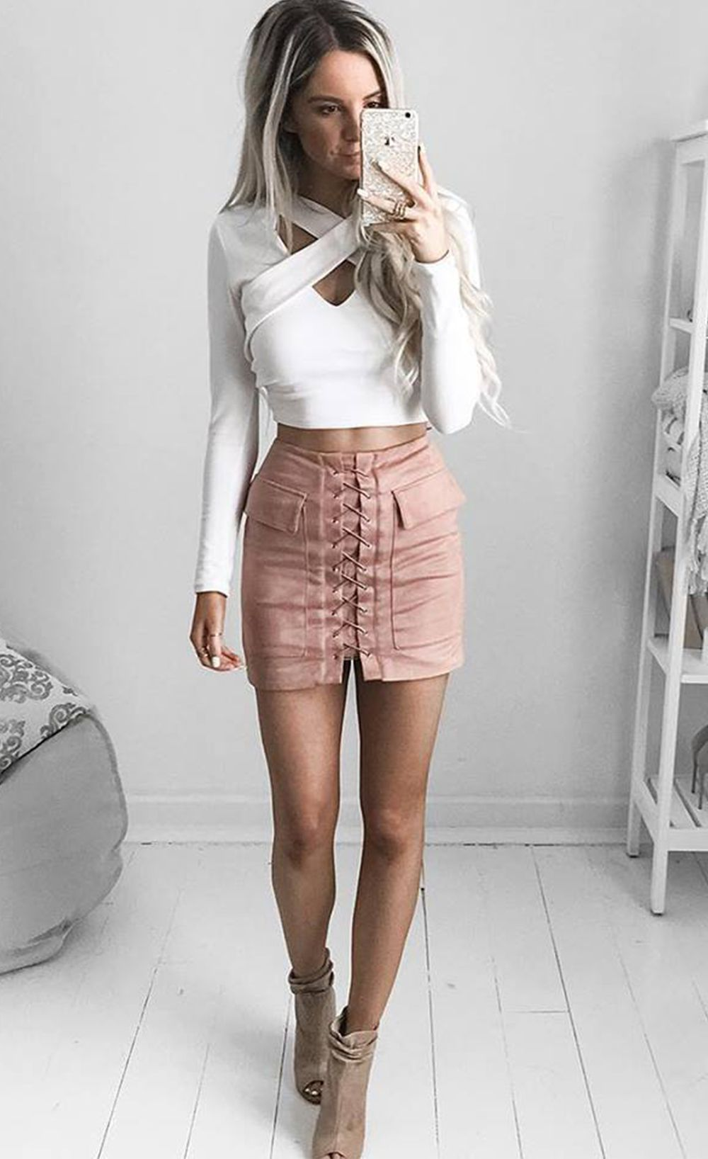 $34.99 pocket tight suede lace up skirt | the everyday fashionista