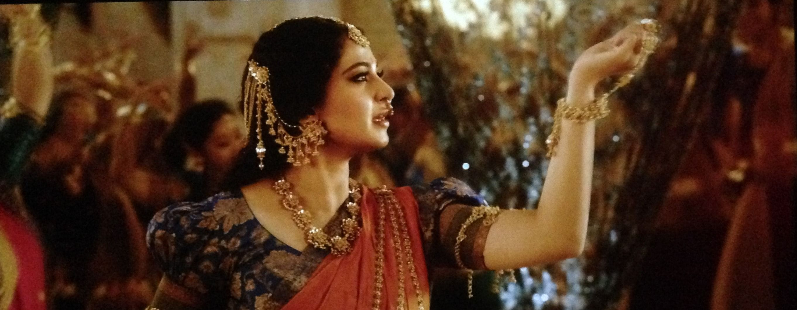 Anushka Shetty Goddess Looks Is Charismatic In Bahubali 2 -6152