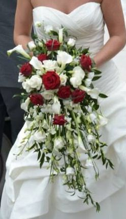 Fabulous Red And White Fresh Flower Bridal Bouquet Lisianthus