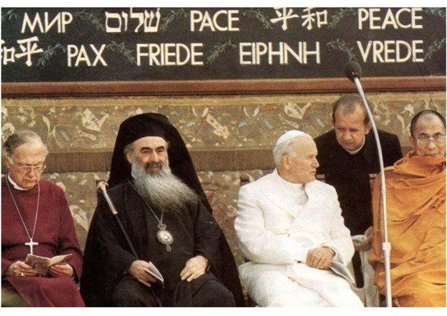 30 ans après Jean-Paul II, le Pape François est à Assise pour prier pour la paix - 20/09/2016