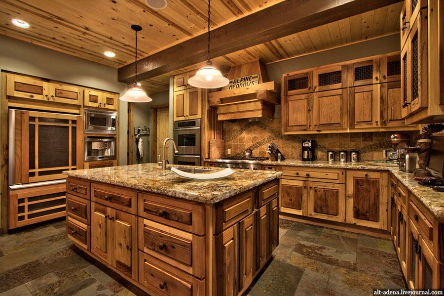 Mountain style home decorated in rustic style house for Mountain home kitchen design
