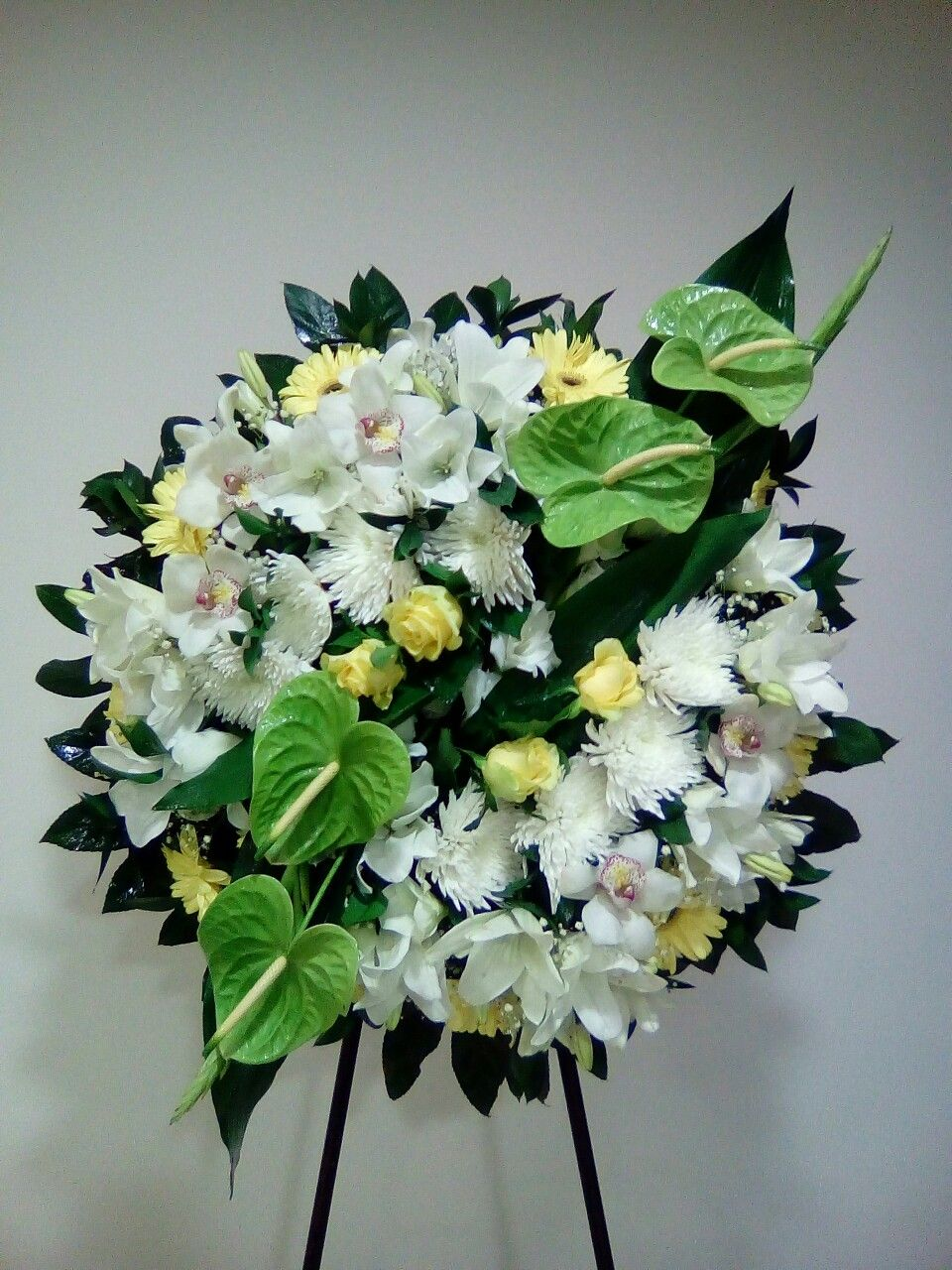 Pin By Bob Alfra On Floral Design Pinterest Funeral Funeral