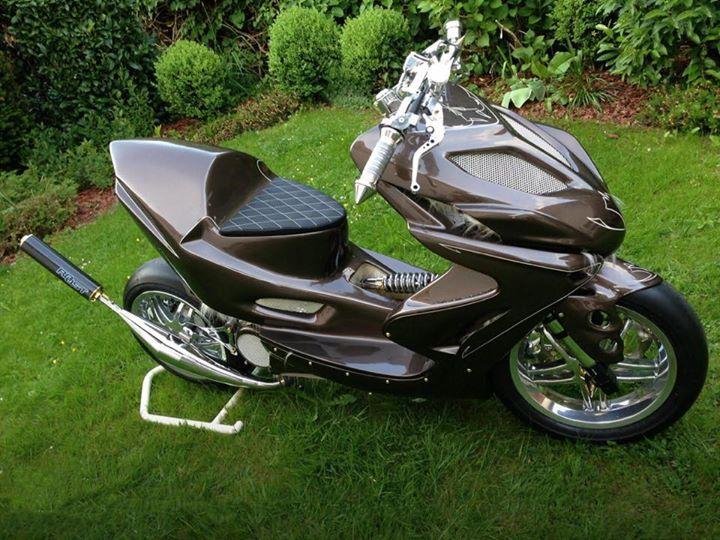 nitro 50 cc le scooter hypersport par mbk 2 roues 50cc pinterest roues personnalis es. Black Bedroom Furniture Sets. Home Design Ideas