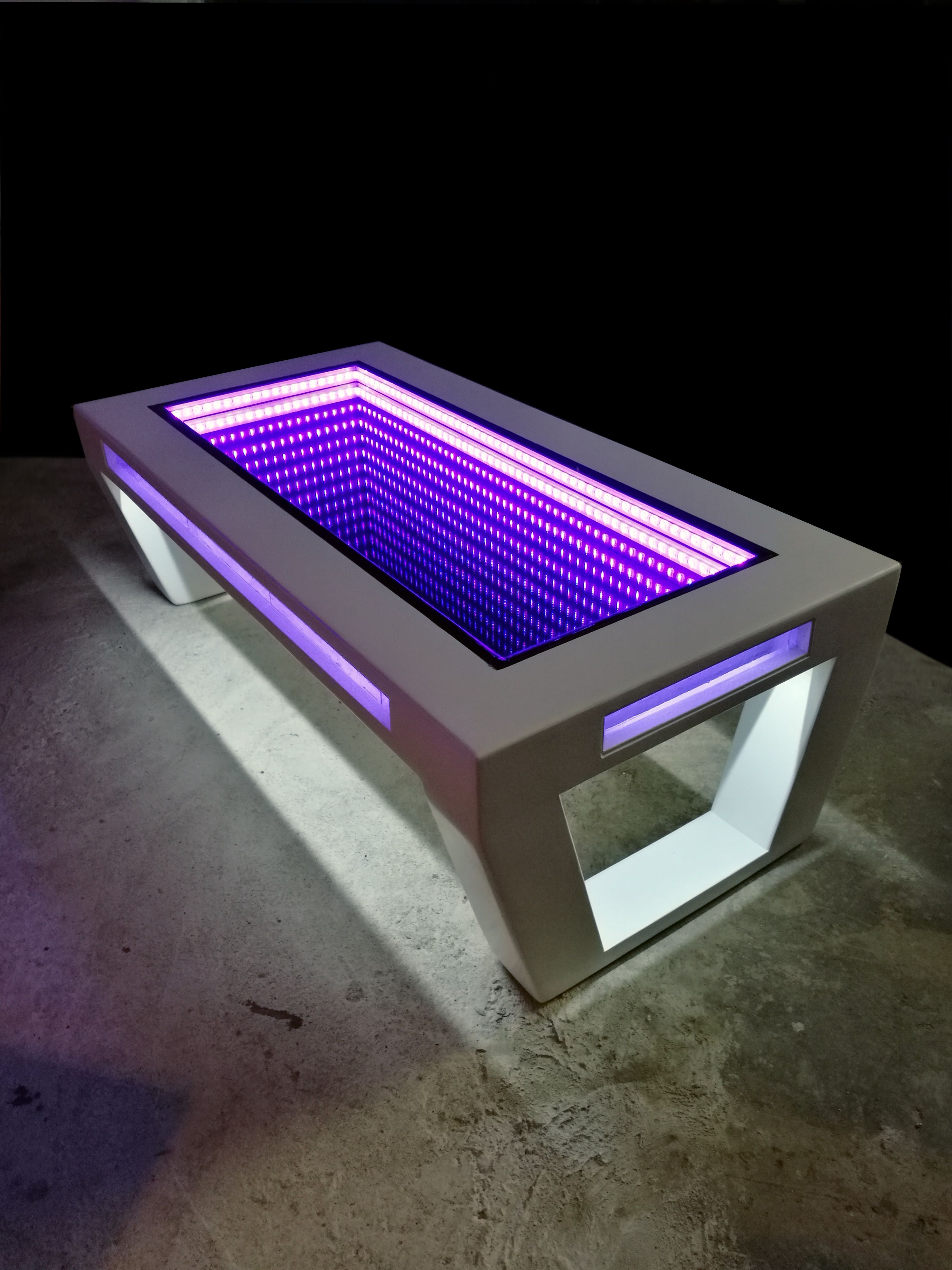 Couchtisch 3d Led Lucy Infinity Table Table Design By Jaanus Hiis In 2019