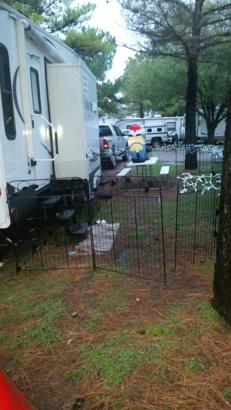 An Inexpensive Way To Put Up A Portable Fence For Your Pets While Rving 200 Dollars At Home Depot Portable Dog Fence Travel Trailer Living Dog Fence