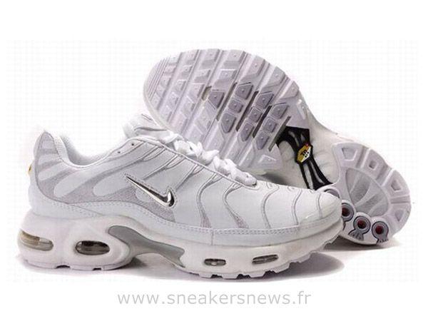 nike air max tn white grey