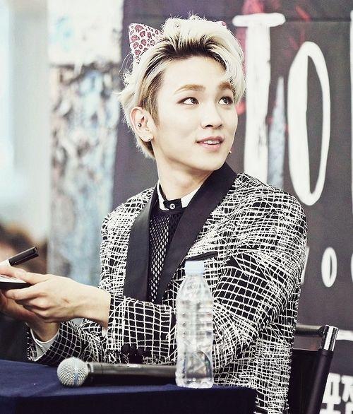 Pin By Natalie Wilson On Shinee Cute Pics Shinee Shinee Jonghyun Kim Kibum