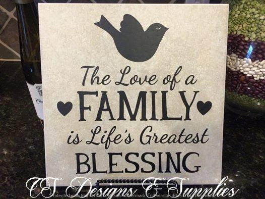 "Decor Tile ""The Love of a Family"" $20"