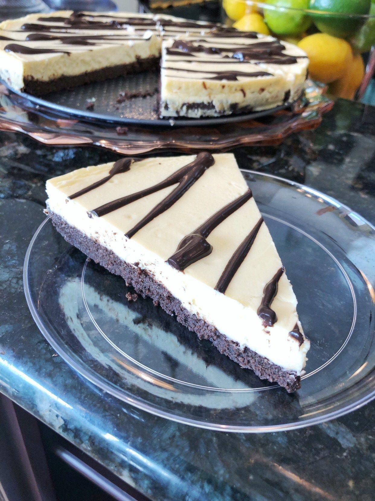 Cheesecake de morango in 2020 low carb recipes dessert