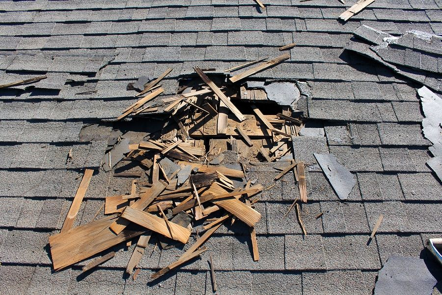 Best Top Five Indications That Tell Your Roof Needs Replacement 400 x 300