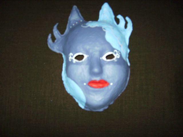 4 BSO voeding-verzorging: masker houtpulp of papier maché: acrylverf