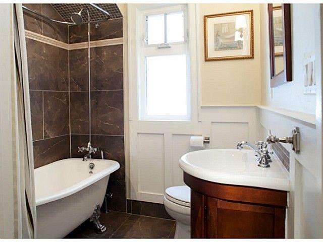 Enclosed Clawfoot Tub U0026 Shower Head