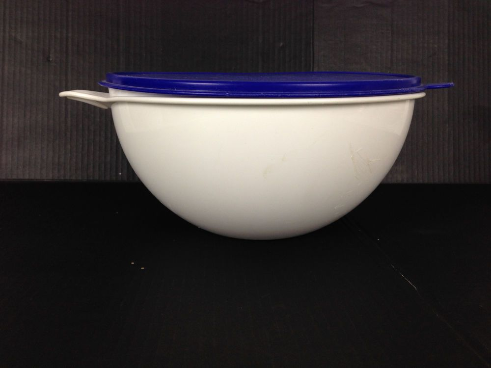 Vintage Tupperware ThatsaBowl Large 32 /& 12 Cup Lot That/'s A Bowl Blue /& White
