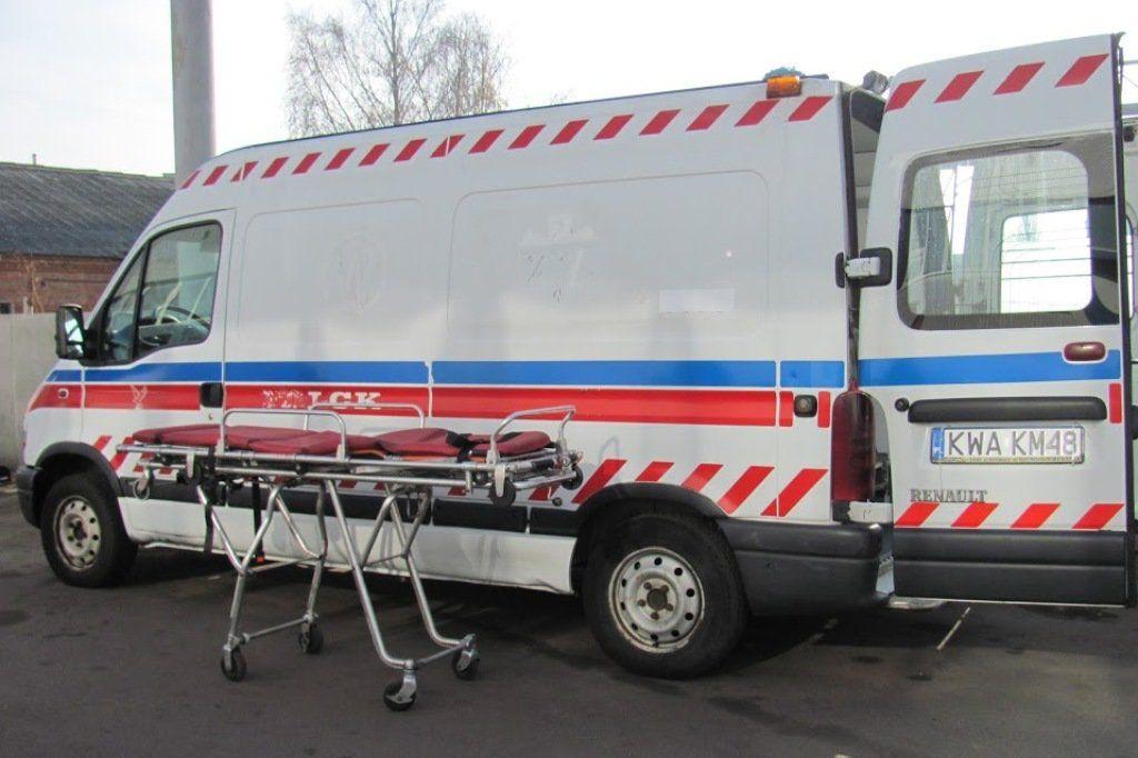 Врачи из Катовице и Варшавы передали львовскому госпиталю два реанимобиля, оснащенных всем необходимым оборудованием. При необходимости обе скорые помощи можно отправить в зону военных действий.