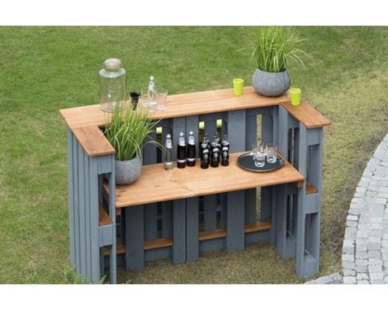 35+ Exciting DIY Outdoor Pallet Furniture Ideas For Your Dream House #dreamhouses