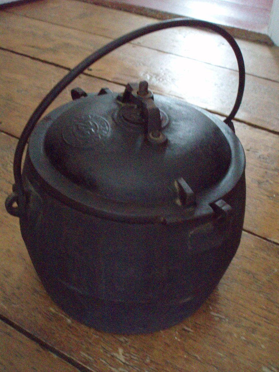 Co color cast cookware - Antique Cast Iron Pressure Cooker Soup Digester Savery Co
