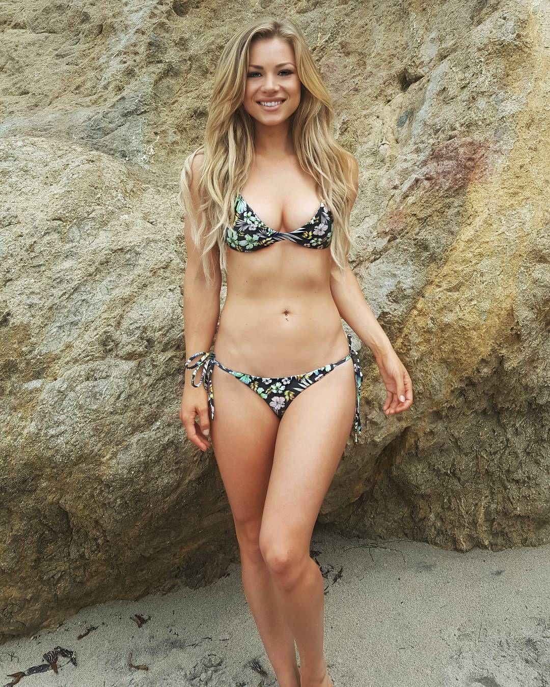 Is a cute Nikki Leigh nudes (55 photo), Topless, Cleavage, Feet, see through 2015