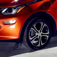 The Obsessive, Secretive Race to Make the Perfect Tire for Electric Cars - http://eleccafe.com/2016/05/18/the-obsessive-secretive-race-to-make-the-perfect-tire-for-electric-cars/