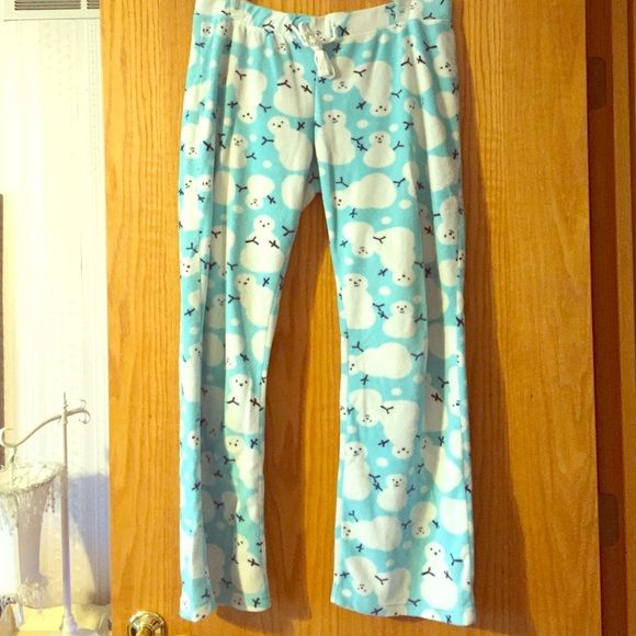 Fuzzy snowman pants from Old Navy! Light blue pants with ADORABLE snowmen! Size large from old navy but fits me and I'm a medium. Perfect condition, I have so many fuzzy pants that I never even wore these yet! So soft and perfect for the upcoming winter season! No stains no rips! Old Navy Intimates & Sleepwear Pajamas