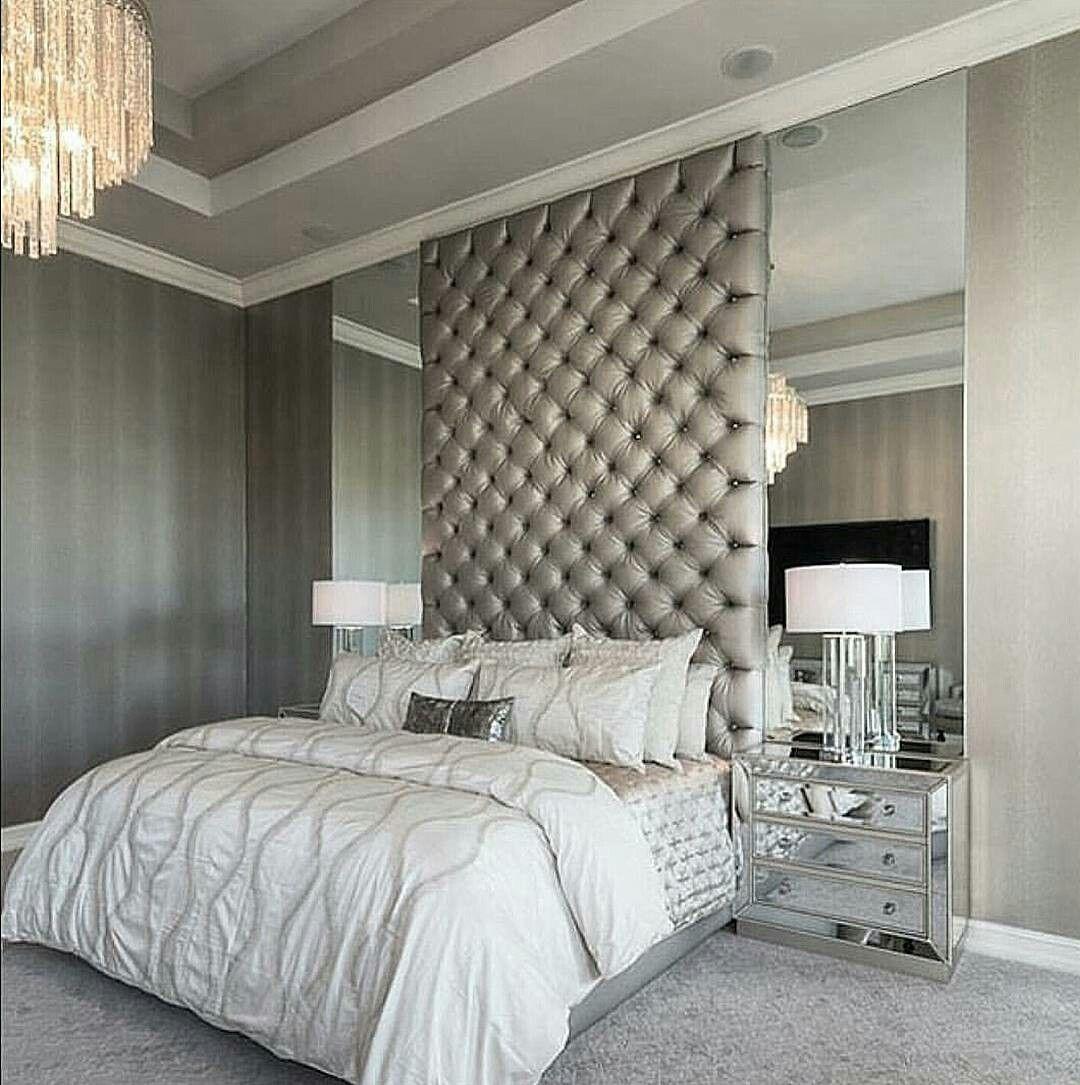 30 Small Yet Amazingly Cozy Master Bedroom Retreats: Image Du Tableau Chambre Luxe De Sophina