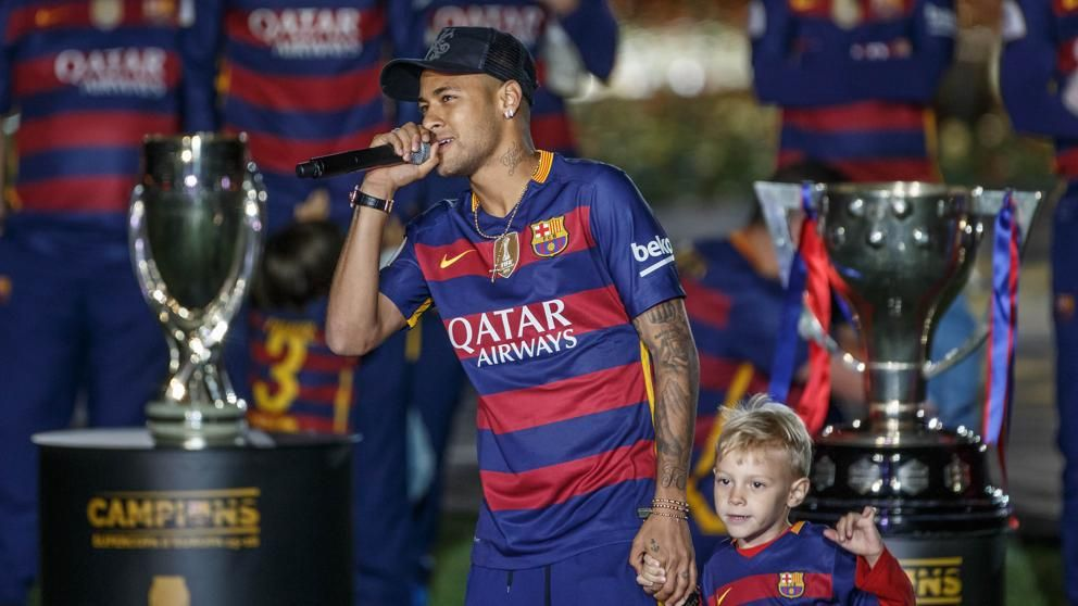 """El padre de Neymar:""""Ney tiene contrato con el Barça y es feliz"""""""