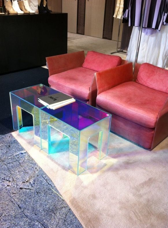 Hologram table at the aucnestudios boutique in Tokyo