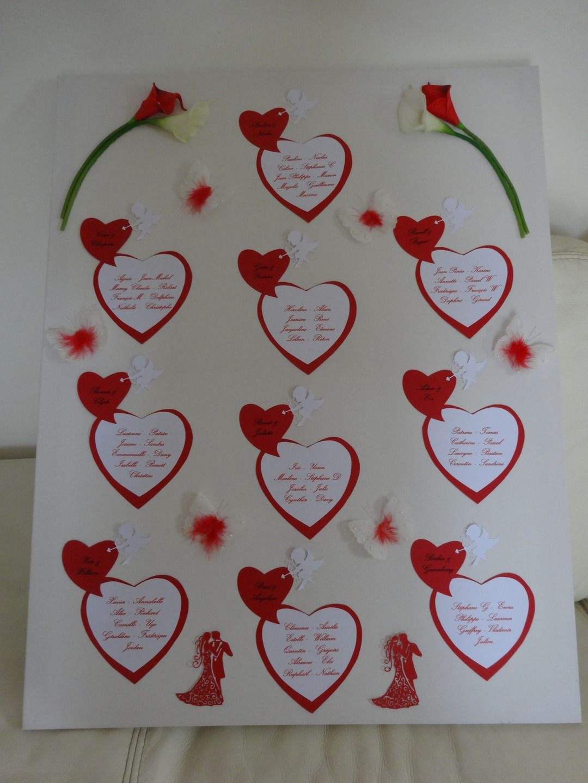plan de tables pour mariage sur le th me de l 39 amour et des couleurs rouge et blanc mod le amour. Black Bedroom Furniture Sets. Home Design Ideas