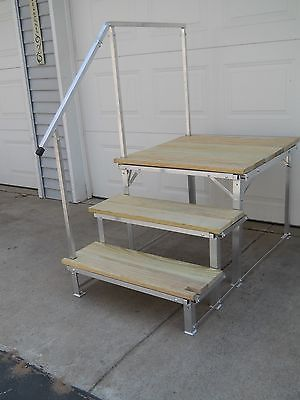 Best Portable Rv Deck With Steps And Railings Deck Camper Living Deck Railings 400 x 300