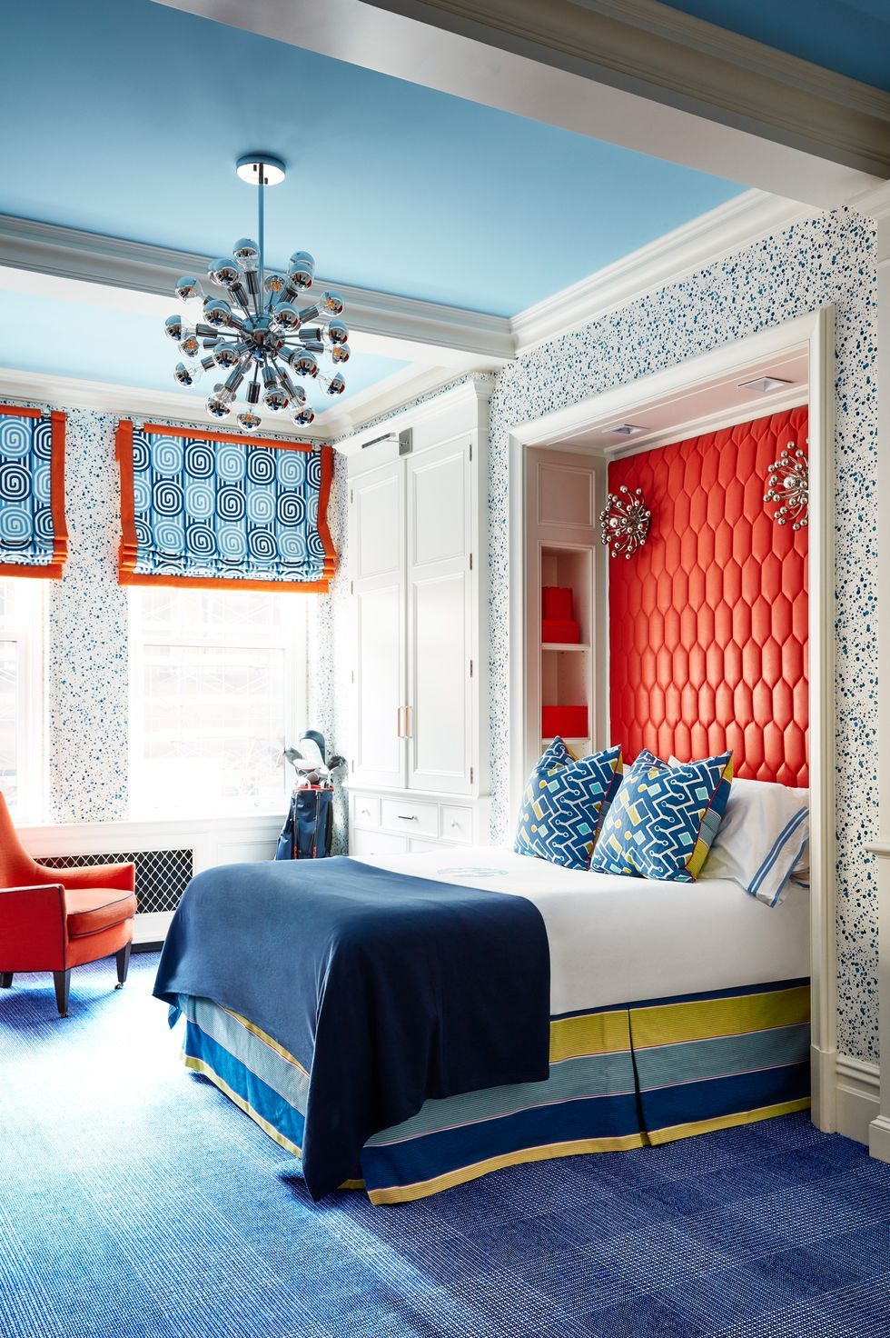 Best 27 Bold Bedroom Wallpaper Ideas We Love Timeless 400 x 300