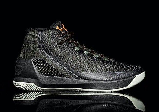 Black \u0026 Gold   Curry basketball shoes