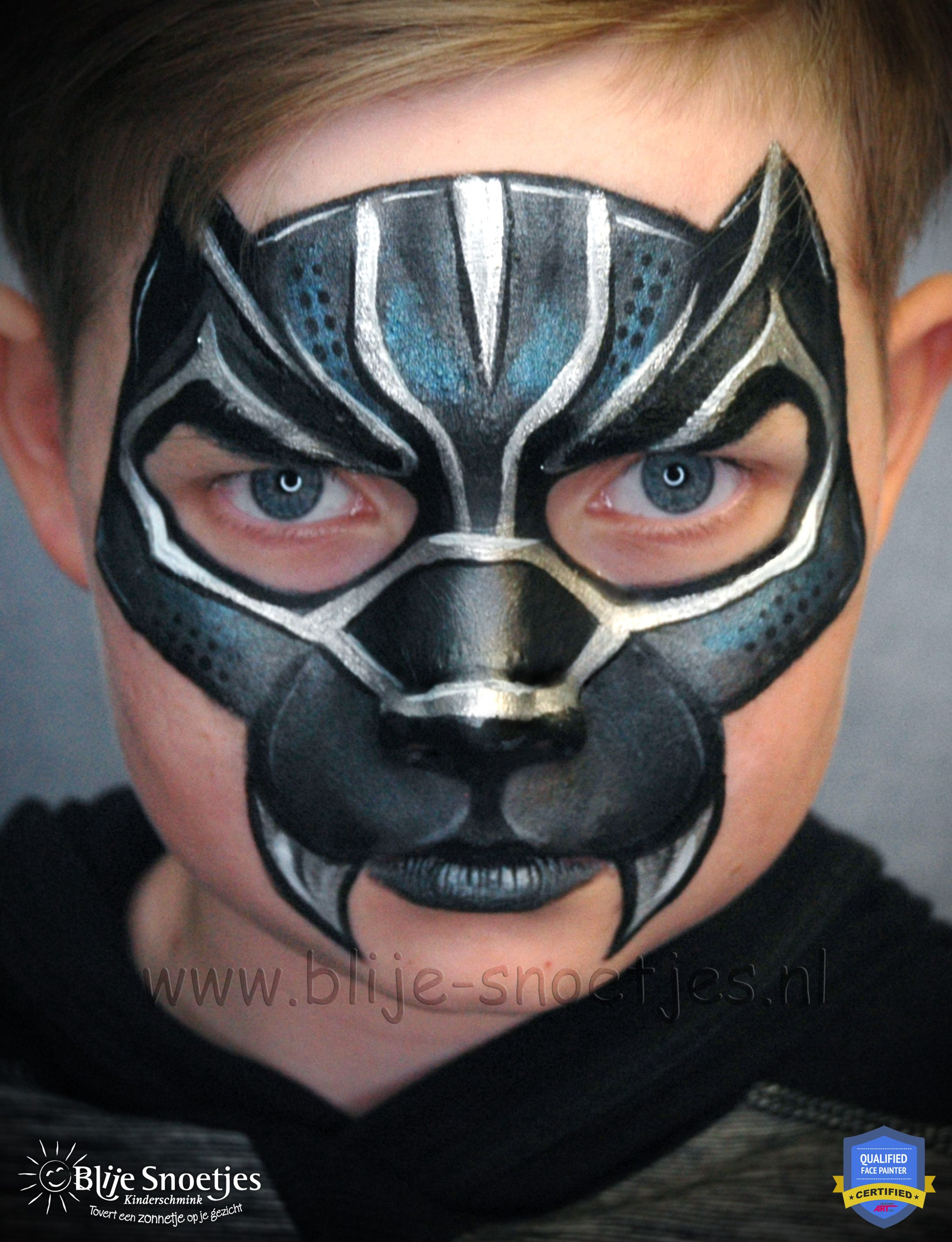 Facepainting Black Panther with a twist. www.blije,snoetjes.nl