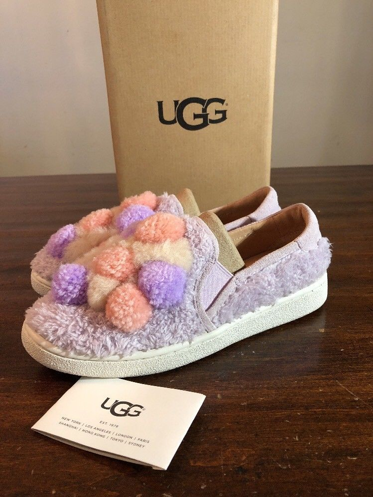 cfc42734976 UGG LAVENDER FOG RICCI POM POM SLIP-ON SNEAKERS SHOES WOMEN SZ 6 ...