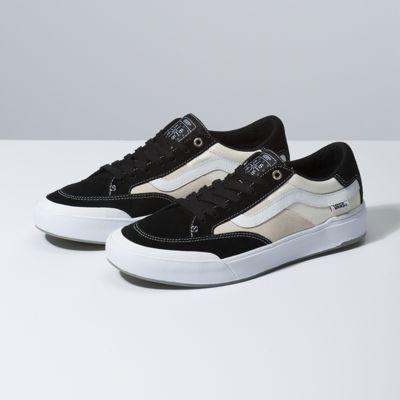 Men's Skate Shoes at Vans® | Sk8 Hi, Chukka Low & More in