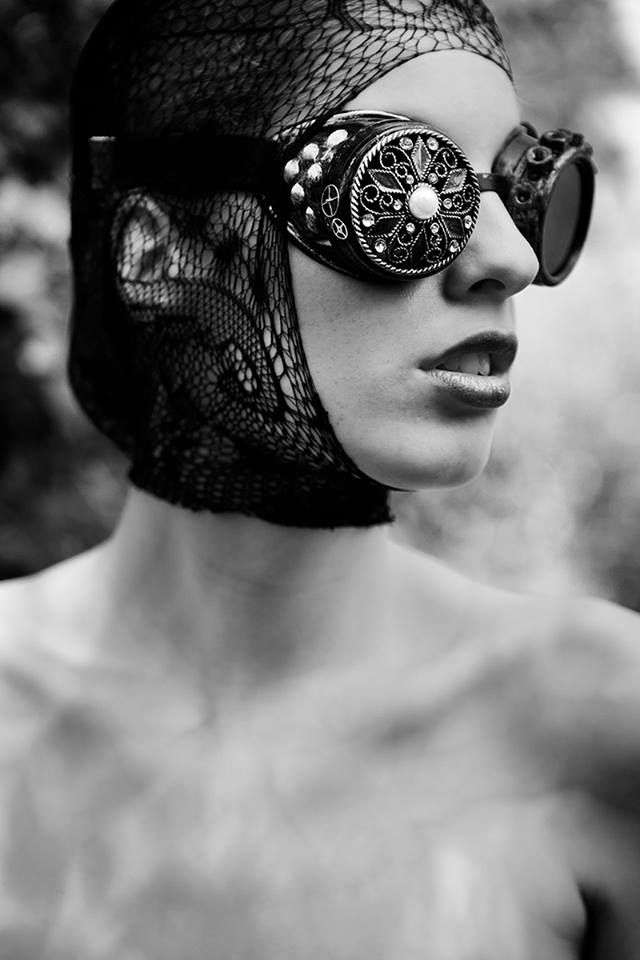 Steampunk Tendencies | Fabio Interra Photography - Monochrome - Dark Beauty Magazine #Fashion