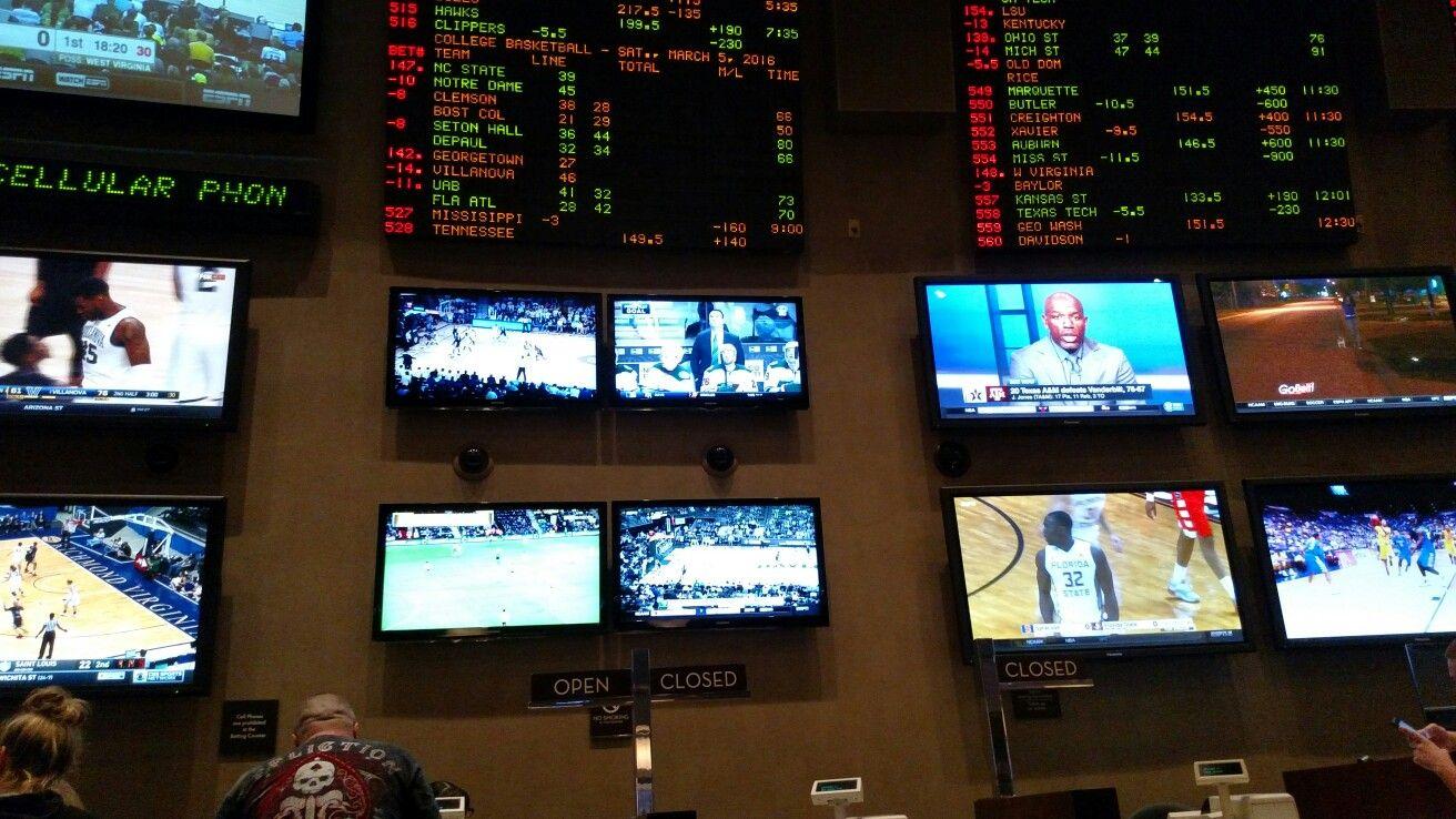 Vegas betting odds ufc 172 full sports spread betting calculator vegas