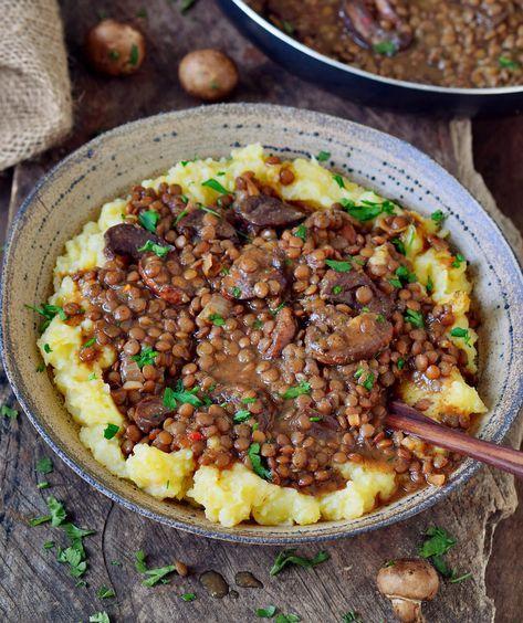 Linsenpfanne mit Kartoffelpüree | vegan, glutenfrei - Elavegan #veganerezeptemittag