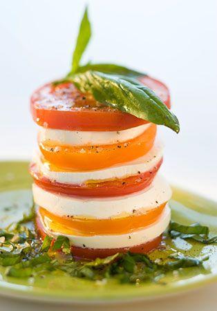 Tomato Mozzarella Stack 완전 먹고 싶당~~~