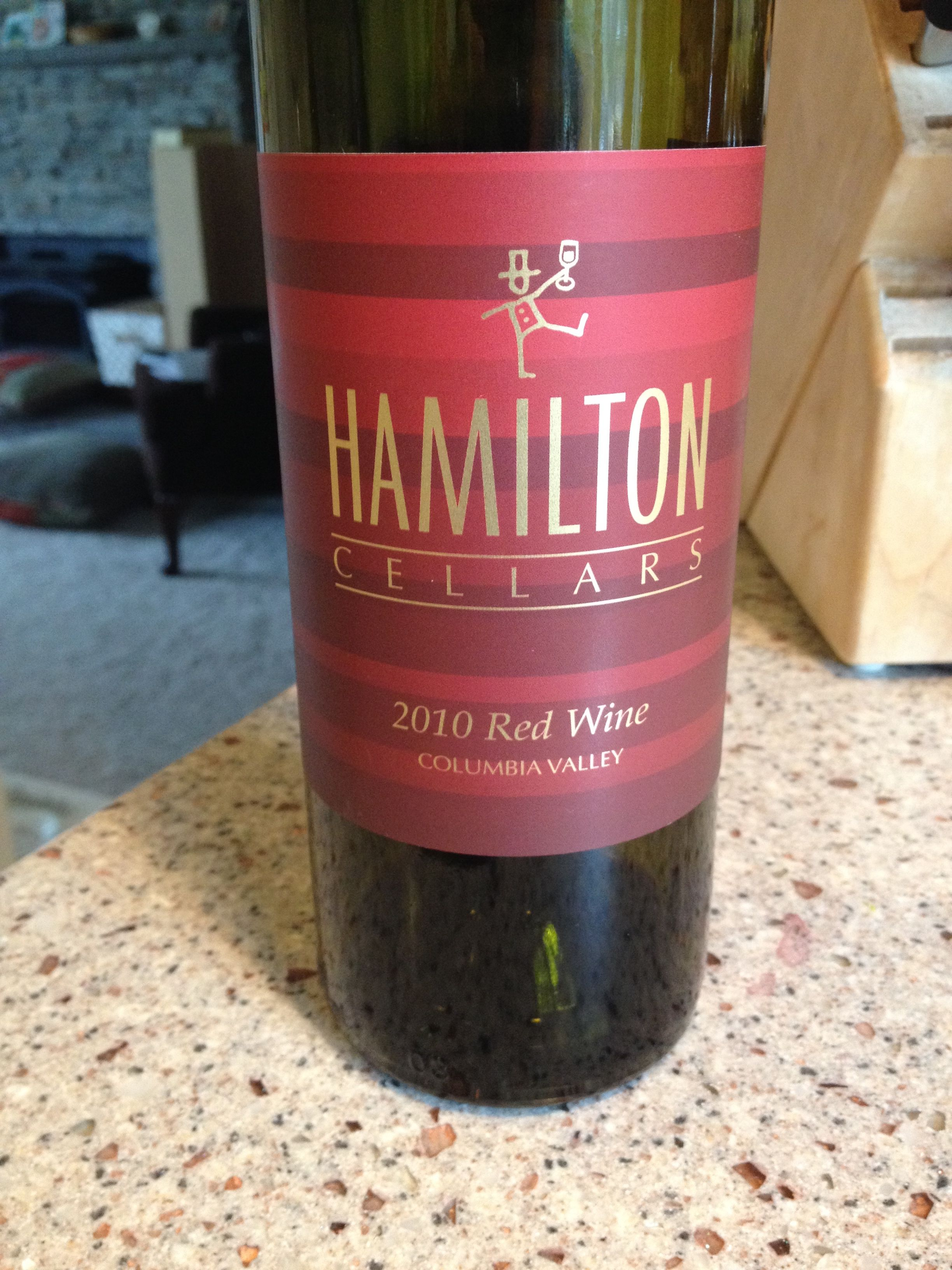2010 Hamilton Red Wine Columbia Valley Merlot Malbec Cab Sauv Ruby Red In Color Spicy Oaky And Fruity On The Nose Quite Comple Red Wine Malbec Wine